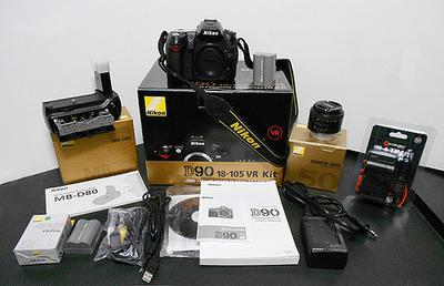 Nikon D90...